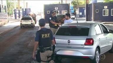 Cresce o número de roubo de placas de carro na fronteira com o Paraguai - Os bandidos da região de fronteira com o Paraguai estão investindo em um novo tipo de crime: o roubo de placas de carros.