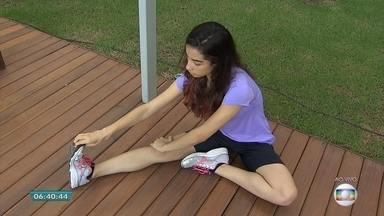 Fisioterapeuta mostra como evitar caimbras; veja dicas - A caimbra é uma contração dos músculos e provoca uma dor bem forte.