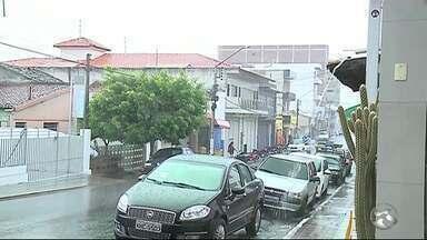 Chuvas são registradas no Sertão de Pernambuco - Apac informou que este é o período chuvoso na região.