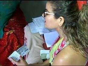 Mulher entra na Justiça após fazer rifas para comprar remédios não fornecidos pelo estado - Mulher entra na Justiça após fazer rifas para comprar remédios não fornecidos pelo estado
