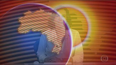 Bom Dia Brasil - Edição de sexta-feira, 24/02/2017 - A frota inteira de ônibus em Manaus roda na bandalha com documentação irregular e sem pagar os impostos. A dívida das empresas com o Detran chega a R$ 6 milhões. Os motoristas deixam passageiros no meio do caminho para fugir das blitz e escapar das multas. E mais as notícias da manhã.