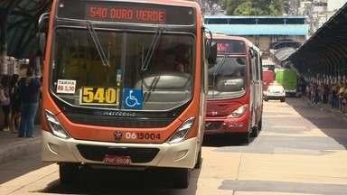 Frota de ônibus de Manaus deve cerca de R$ 6 milhões ao Detran - Maioria dos coletivos tem atraso no licenciamento, além de multas.