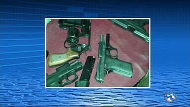 Polícia prende suspeitos de participar de assalto em São Benedito do Sul - Ação criminosa terminou com a morte de um sargento da Policia Militar.