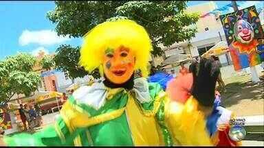 Começa o carnaval em Bezerros - Veja como está a preparação para a folia.