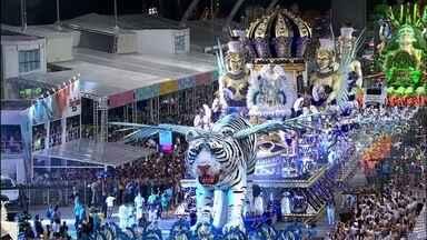 Sambódromo de São Paulo tem duas noites de magia do samba - Sambódromo de São Paulo tem duas noites de magia do samba