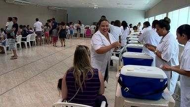 Vitória tem longas filas para vacinação contra a febre amarela - Distribuição de senhas começa às 8h desta quarta-feira (1).