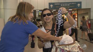 Hora do adeus: turistas começam a deixar Salvador e aos poucos a cidade volta à rotina - Veja o movimento no aeroporto e como está o desmonte das estruturas que fazem parte da festa em Salvador.