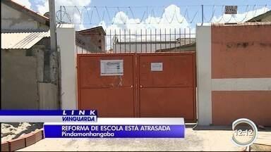 Alunos de Pinda mudam de escola pela segunda vez à espera de reforma - Eles aguardam há dois anos as obras na unidade; na semana passada, teto caiu.