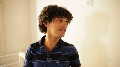 Quadro 'Cariri em cena' Conheça a história do ator e bailarino João Batista - Saiba mais em g1.com.br/ce
