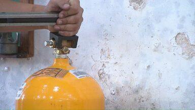Motoristas buscam alternativa para economizar no combustível - Uma opção é o gás.