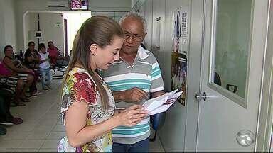 Cerca de 120 pessoas tiram dúvidas sobre saldo inativo do FGTS - Serviço foi prestado no Ministério do Trabalho.