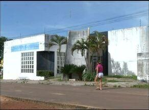 Moradores esperam há mais de sete anos por reforma em unidade de saúde em Araguaína - Moradores esperam há mais de sete anos por reforma em unidade de saúde em Araguaína