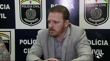 Mudanças são feiras na coordenação da Delegacia de Plantão de Caruaru, no Agreste - Medida foi anunciada em uma entrevista coletiva, depois de um decreto publicado pelo Governo do Estado.