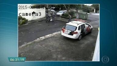 PMs que estão sendo julgados admitem ter 'plantado' arma, mas negam execução - Trio foi ouvido no Fórum da Barra Funda, na Zona Oeste de São Paulo. A sentença pode sair nesta terça-feira (14).