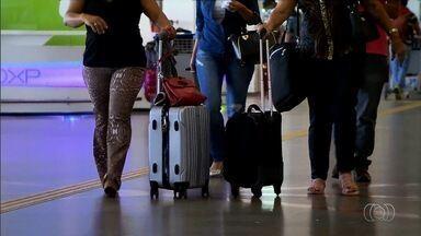 Mudanças de serviços prestados por companhias aéreas começam a valer nesta terça-feira - A mais polêmica é a cobrança para despacho de bagagem, que foi barrada por uma liminar da Justiça Federal.