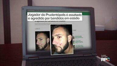 Atacante do Prudentópolis é assaltado e agredido no estádio Newton Agibert - O jogador Raí foi surpreendido por dois homens armados no portão do estádio. Os bandidos levaram documentos, dinheiro e o celular do atleta.