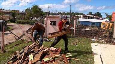 Uma semana após tornado, São Francisco de Paula conta com voluntários para reconstrução - Solidariedade entre as pessoas está sendo fundamental para retomada da normalidade no município.