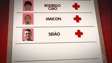 Enfrentando problemas defensivos, São Paulo terá desfalques por lesão e por convocações - Enfrentando problemas defensivos, São Paulo terá desfalques por lesão e por convocações