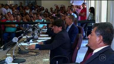 Sessão da Câmara de Vereadores de Petrolina discute greve dos servidores municipais - A sessão aconteceu na manhã desta terça-feira