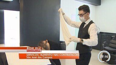 Setor de serviços retoma criação de emprego em São José - Região voltou a criar postos de trabalho em fevereiro.