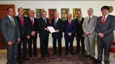 Prefeito de Linhares se reúne com o presidente Michel Temer em Brasília - Guerino Zanon e outros quatro prefeitos de cidades do ES participaram de reunião nesta quinta-feira.
