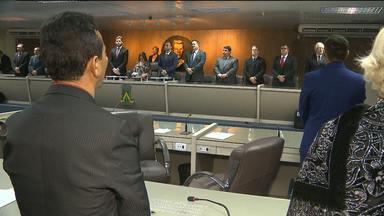 Sessão especial lembra os 30 anos da morte do poeta e político Raymundo Asfora - A sessão foi realizada pela Assembleia Legislativa e a Câmara Municipal de Vereadores de Campina