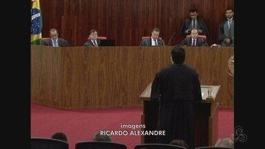 TSE suspende julgamento de recurso do governador do Amazonas - Ministra Luciana Lóssio pediu mais tempo para analisar o recurso; governador José Melo contesta decisão do TRE que cassou o mandato por compra de votos.