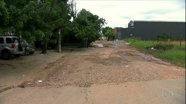 Guarulhos e Francismo Morato sofrem com estado do asfalto - Moradores mal conseguem sair de casa por conta do estado de algumas ruas.