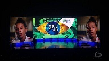 Rafaela Silva e Isaquias Queiroz brilham no Prêmio Brasil Olímpico - Rafaela Silva e Isaquias Queiroz brilham no Prêmio Brasil Olímpico