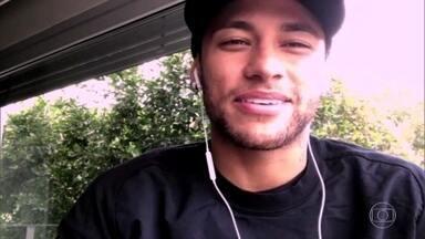 Neymar conversa com Serginho sobre sua boa fase - Craque fala do sucesso no seu clube e na Seleção Brasileira