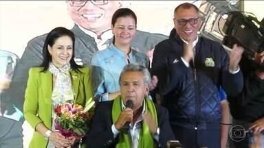 Eleição presidencial no Equador está sob suspeita de fraude - Candidato derrotado disse que houve fraude pediu recontagem dos votos. OEA discute situação política da Venezuela e violência no Paraguai.