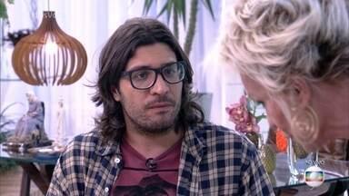 Ana Maria Braga recebe Ilmar na Casa de Cristal - Advogado explica seu apelido Mamão, fala sobre sua relação com Emilly que o levou ao paredão contra Marcos