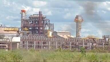 Obra parada de fábrica em Três Lagoas não pode ser vendida, diz Justiça - Construção do prédio onde funcionaria fábrica de fertilizantes da Petrobras está parada.