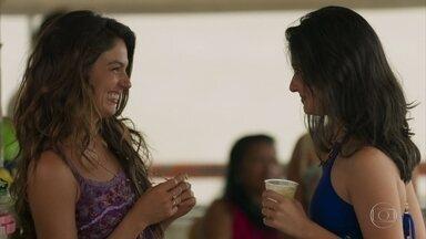 Francineide convence Ritinha a passar a noite em Belém - Noiva de Zeca afirma que se desencontrou de Ruy