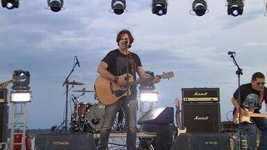 Bandas disputam para representar AM no Rock in Rio - Evento foi realizado em flutuante em Manaus.