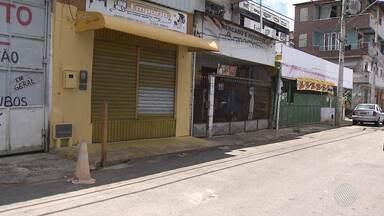 Bairro de Pero Vaz amanhece com o comércio fechado após suposto toque de recolher - Segundo moradores, a ordem do toque de recolher partiu de criminosos da região. A polícia apura o caso.