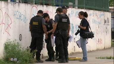 Polícia faz reconstituição da morte da jovem Maria Eduarda em escola no RJ - PMs indiciados pelo assassinato de dois bandidos não participaram da reconstituição porque temiam ser hostilizados.