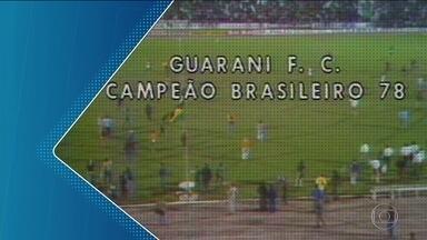 Guarani é o único time do interior de SP que já foi campeão brasileiro - O centenário time, que completou 106 anos no começo de abril, tem uma torcida apaixonada. É a família bugrina.
