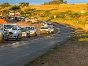 Motoristas enfrentam trânsito lento em rodovia de Anhumas - Trecho da Assis Chateaubriand ficou caótico por quase 20 minutos.