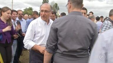 Geraldo Alckmin inaugura obras de duplicação em rodovias na região de Itapetininga - Geraldo Alckmin inaugura obras de duplicação em rodovias na região de Itapetininga