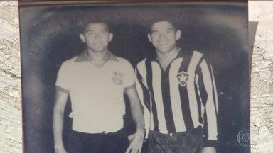 Em 1963, Botafogo de Guarrincha enfrentou o Barcelona de Guayaquil e deixou lembranças - As duas equipes voltam a se enfrentar mais de 50 anos depois pela Libertadores