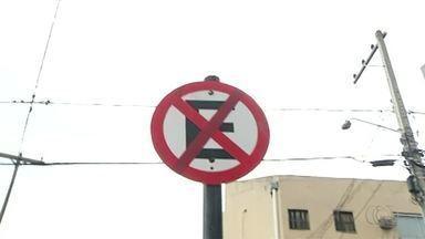 Vandalismo em placas de trânsito gera prejuízos em Araguaína - Vandalismo em placas de trânsito gera prejuízos em Araguaína