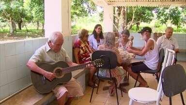 Abrigo de idosos que funciona há 75 anos em Jaboatão está precisando de doações - Abrigo Cristo Redentor atualmente abriga 120 idosos e luta para não fechar as portas.