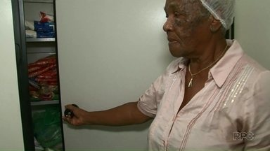 """Projeto """"Maria da sopa"""" precisa de doações pra ajudar moradores de Umuarama - O projeto existe há mais de 20 anos."""