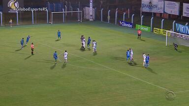 Novo Hamburgo se prepara decisão contra o Grêmio no Estádio do Vale - Bombeiros vetam arquibancadas móveis e clube desiste de ampliação para jogo contra o Grêmio.