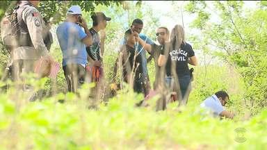 Corpo é encontrado por trás do Hospital da FAP em Campina Grande - Homem foi encontrado morto ao lado de uma estrada de terra por trás do Hospital da FAP em Campina Grande.