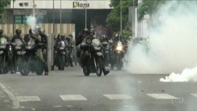 Protestos e saques na Venezuela deixam 11 mortos - Na Venezuela, 11 pessoas morreram em protestos e saques.