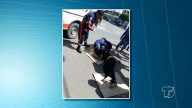 Em Santarém, motociclista avança preferencial e bate em carro - Acidente aconteceu na tarde desta sexta-feira no cruzamento das avenidas Silva Jardim e São Sebastião.
