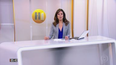 Hora 1 - Edição de segunda-feira, 24/4/2017 - Bandidos aterrorizaram uma cidade de São Paulo. Eles explodiram os bancos e ainda atiraram nos policiais. Uma equipe especializada em homicídios deve chegar a Mato Grosso para tentar identificar os autores da chacina de nove homens. E mais as notícias da manhã.