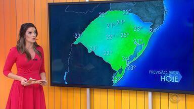 Tempo: chuva persiste no estado do RS e temporais podem ocorrer ao longo da semana - O noroeste do estado é a região mais afetada pelas chuvas.